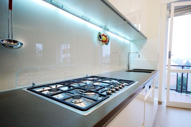 Schienale Cucina Vetro.Risultati Immagini Per Schienale Cucina Vetro Laccato Bianco