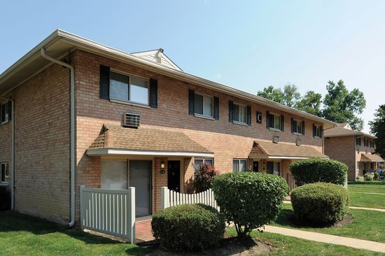 Golf Club Apartments And Townhomes West Chester Pa 19382 Zillow Zillow House Styles Rental Listings