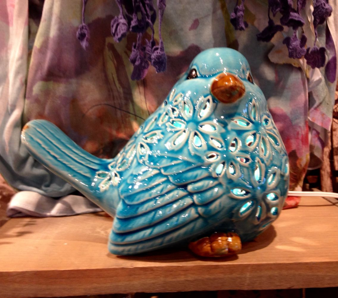 Ceramic Bluebird/Cracker Barrel Old Country Store Old