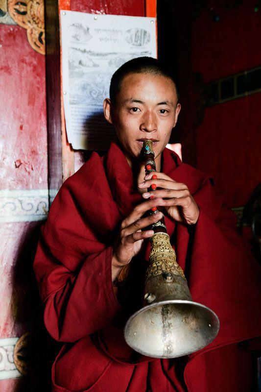Trumpet of welcome! Zha Xi monastery(Kham-Tibet)