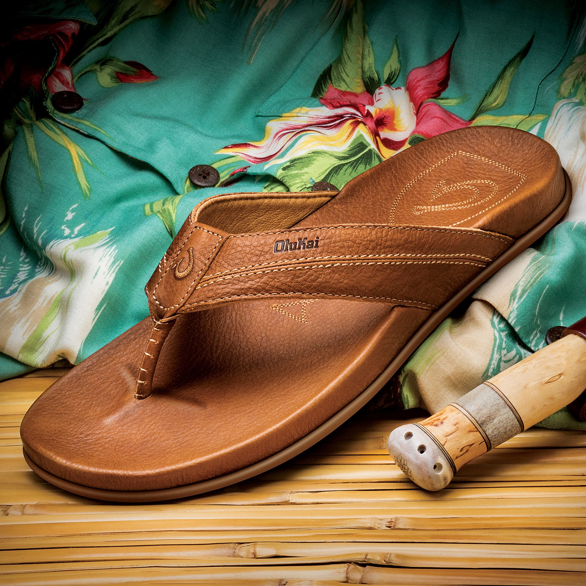 679dfe9ce9de OluKai Men s Mohalu Sandal  Hawaiian Inspired Design for Your Most  Comfortable