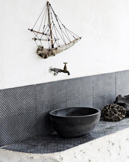 Modern Bathroom Decor Ideas, Blue Bathroom Colors and Nautical Decor ... I recommend reading if you want a true nautical bathroom.