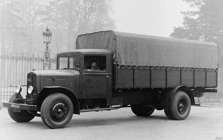 camion renault type udd 25 cv 7 5 tonnes 1933  u00a9 renault communication    photographe inconnu