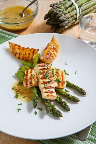 Grilled Asparagus and Halloumi Salad - YUM (lots of other yummy asparagus recipes too)