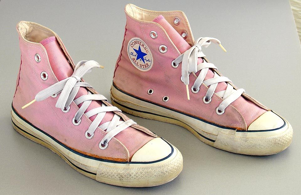 Vintage Made in USA Converse All Star shoes. Pink hi tops