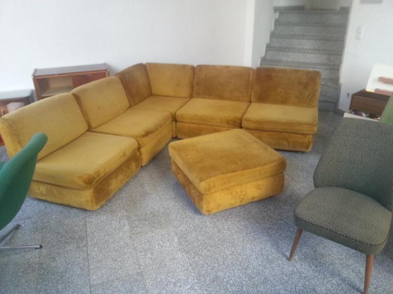 Originale Ddr Sitzcouch Bestehend Aus 6 Einzelelemeneten 0 90 M X 0 90 M Sitzhohe 0 40 M Kann Man Alle Einzeln Stellen Ode Couch Couchgarnitur Sessel