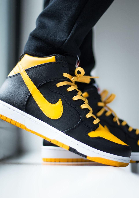 """new product 506fb cf877 Nike Dunk CMFT """"University GoldBlack-White"""" (via Titolo) Buy it  Titolo   Nike US"""