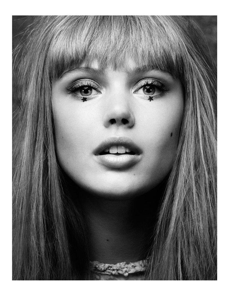Vogue UK Dezember 2010
