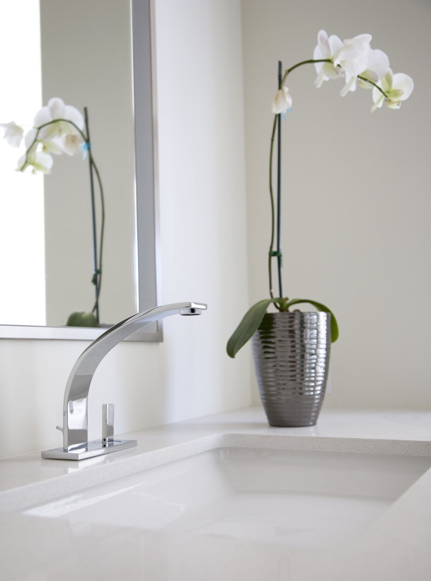 To create this exquisite piece, the ROHL Italian Wave Lavatory ...