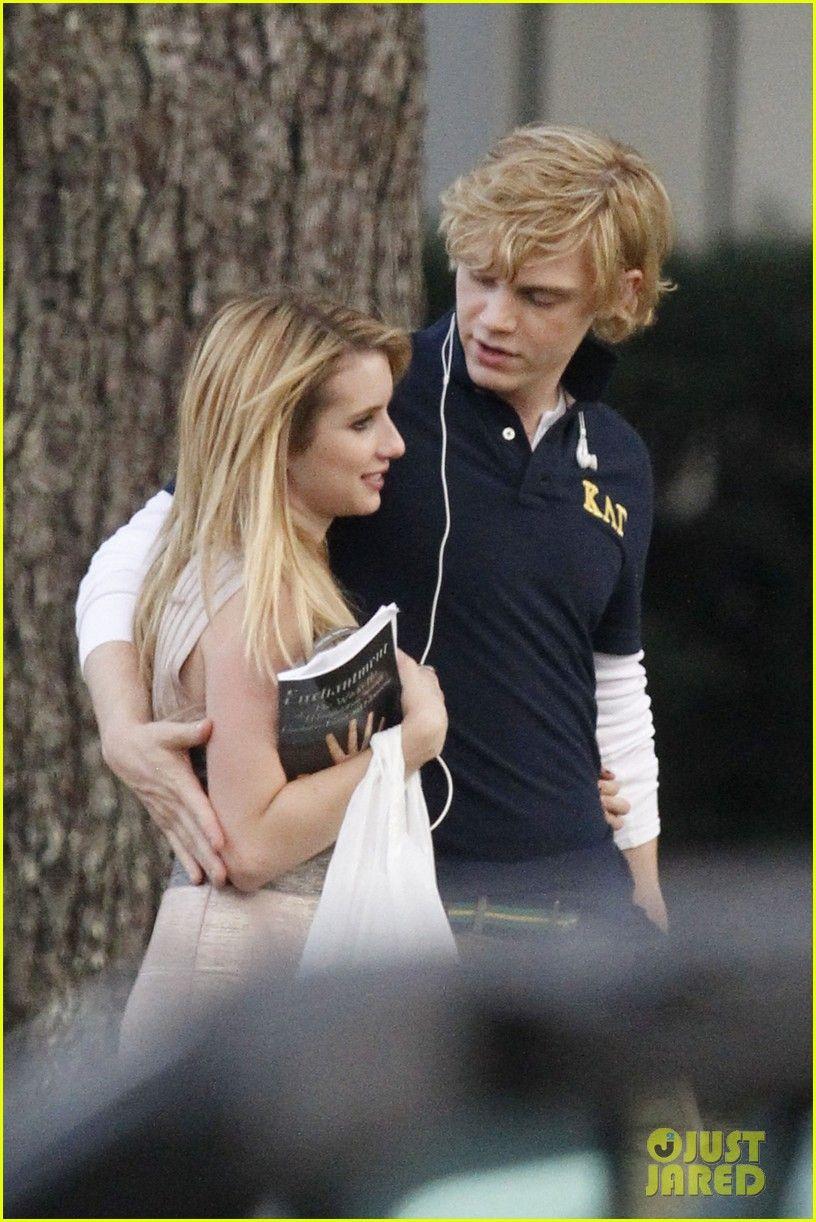 Emma Roberts Evan Peters Heard They Re Engaged Again Aaww Evan Peters Robert Evans American Horror Story Coven