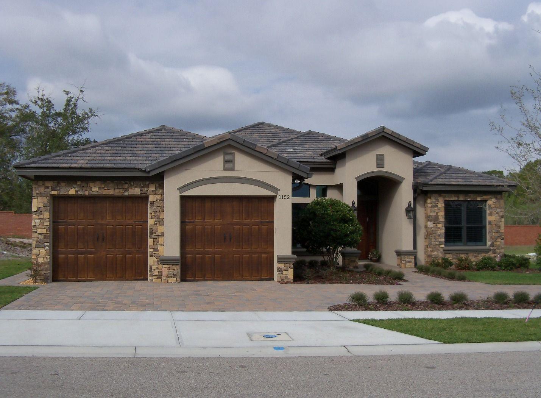 1602 Golden Eagle Concord Blend Concrete Roof Tiles Roof Tiles House Styles