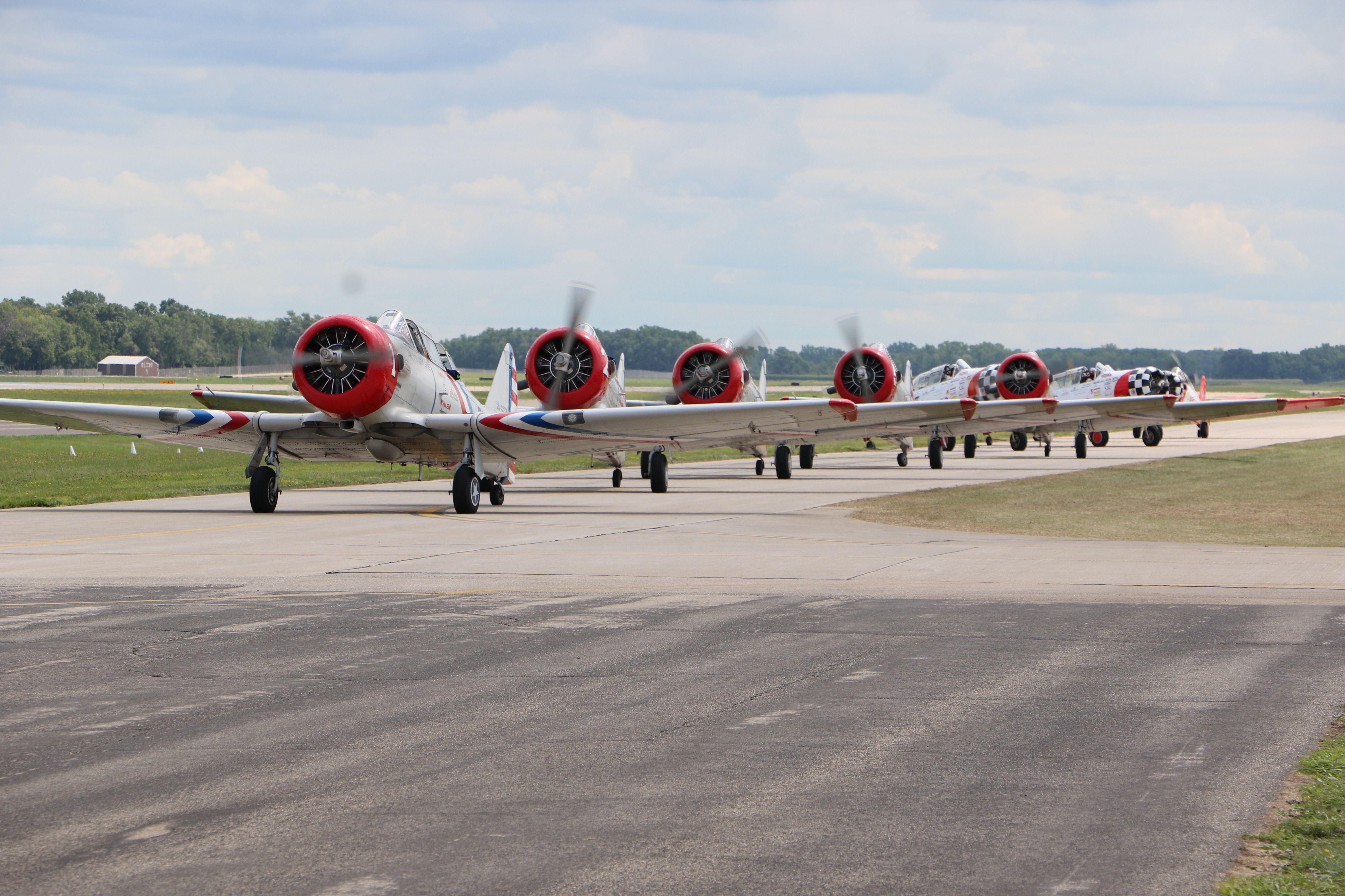 Home Air show, Air race, Warbirds
