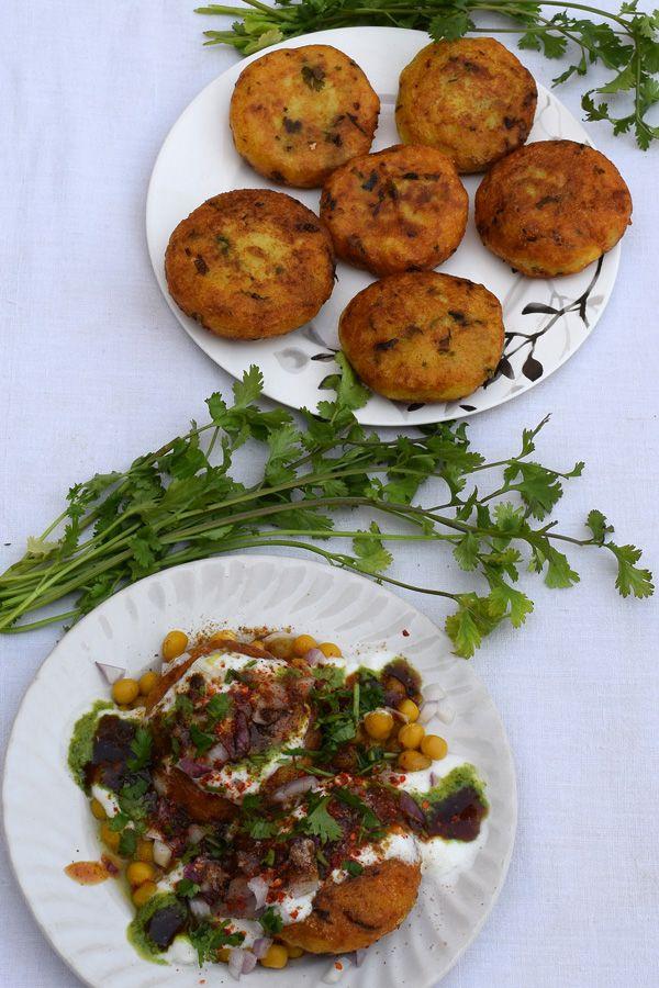 aloo tikki matar chaat with images chaat chaat recipe on hebbar s kitchen recipes aloo tikki id=56782