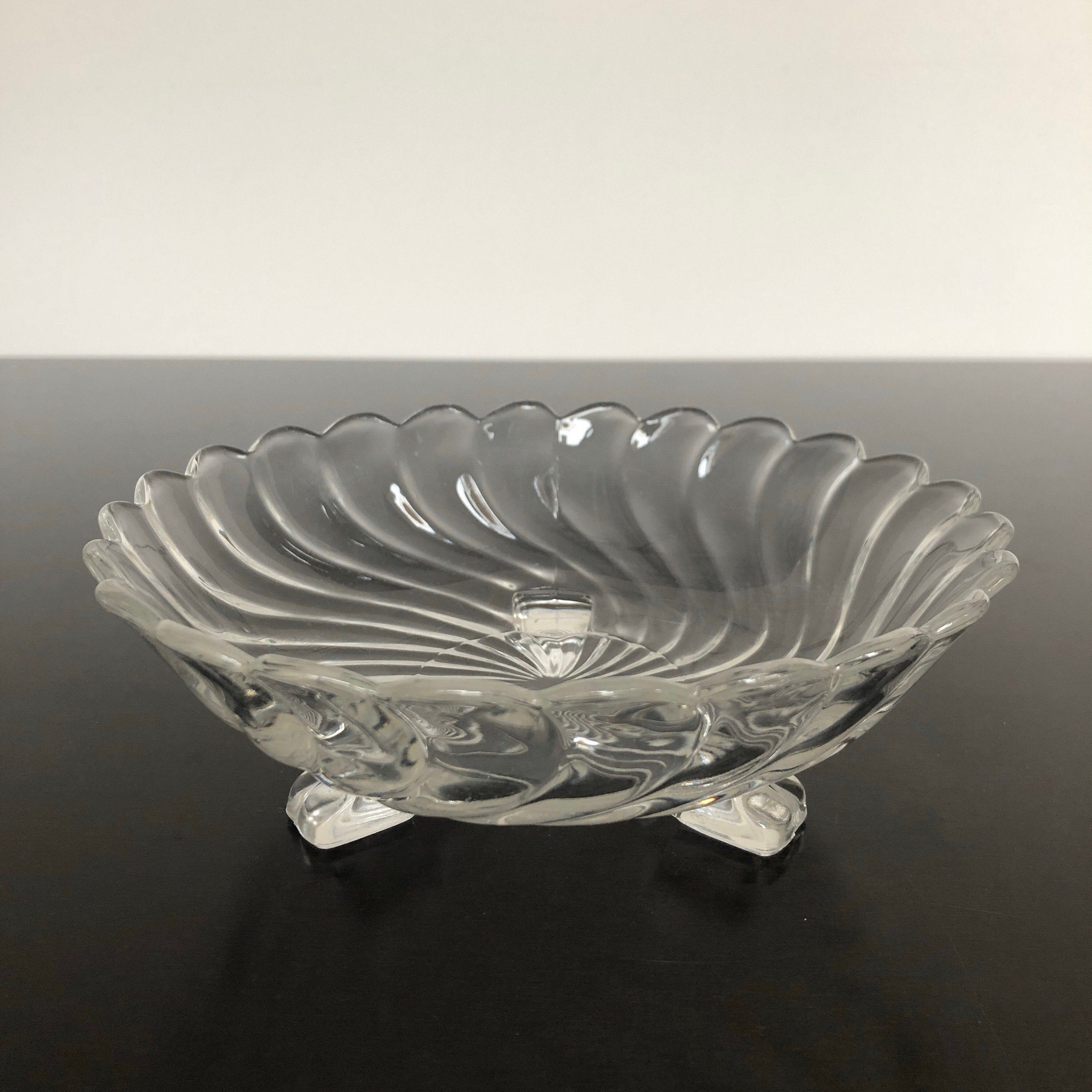 Tri Footed Vintage Clear Pressed Glass Footed Swirl Bowl With Scalloped Rim In 2020 Pressed Glass Swirl Bowl