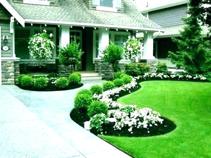 Small House Landscaping Ideas Simple Landscaping Ideas Front Of House Simple Lan Front In 2020 Small House Landscaping Front Yard Garden Design Easy Landscaping