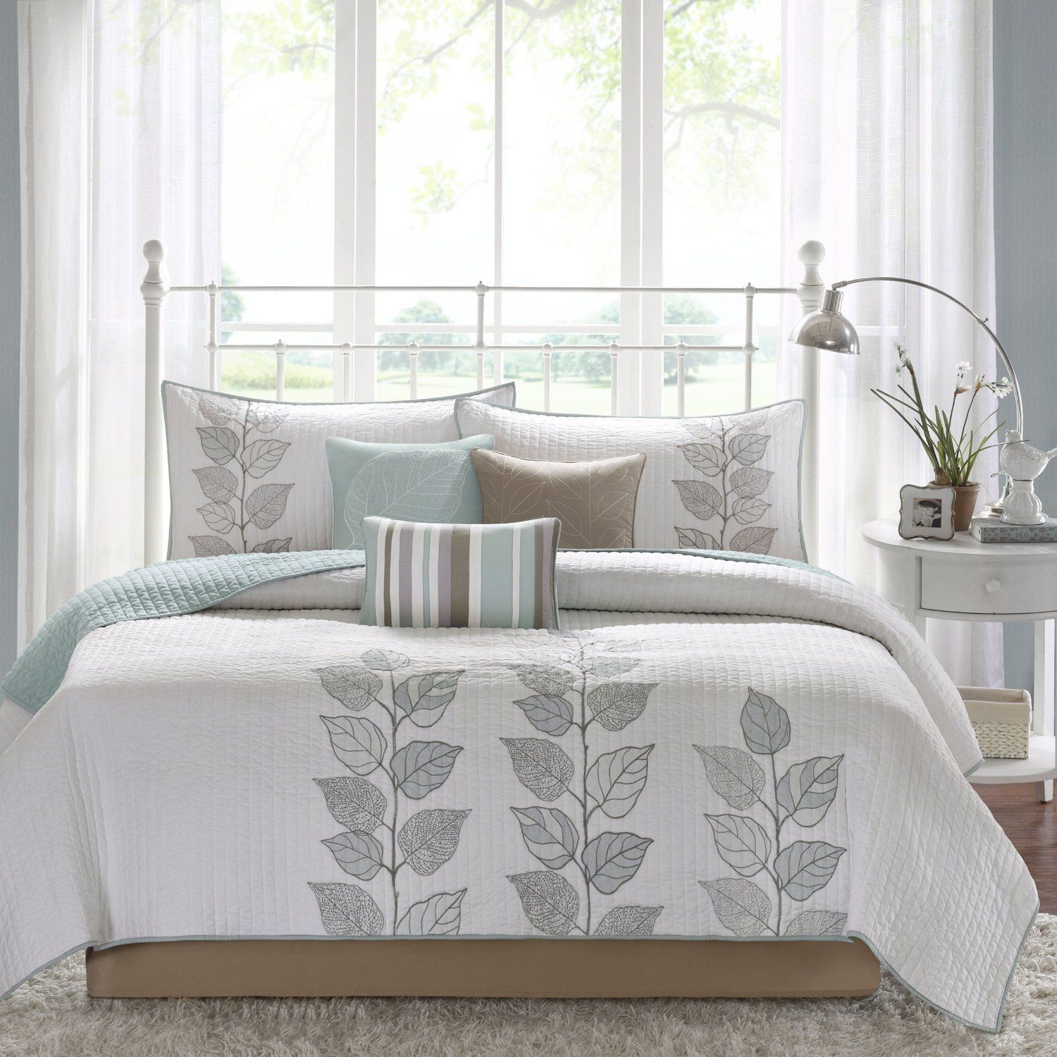 Superb Best Blue Quilts And Coverlets