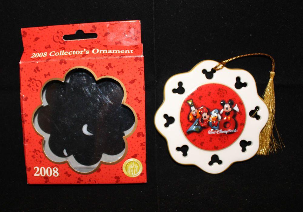 Walt Disney World 2008 Mickey Minnie Mouse Holiday Christmas Ceramic Ornament
