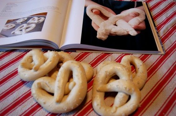 Amish Baking 101:homemade pretzels!!!