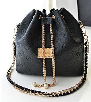 609081b55 bolsa saco feminina importada | Louis Vuitton | Bolsas de mão ...