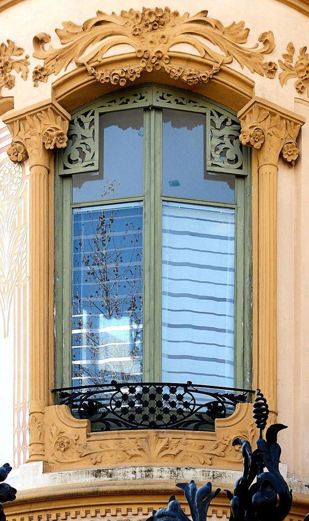 Torre Ignacio Portabella  1905  Architect: José Pérez Terraza