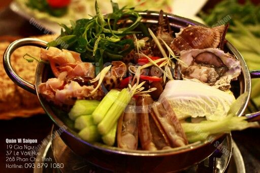 Hotpot with sea snails