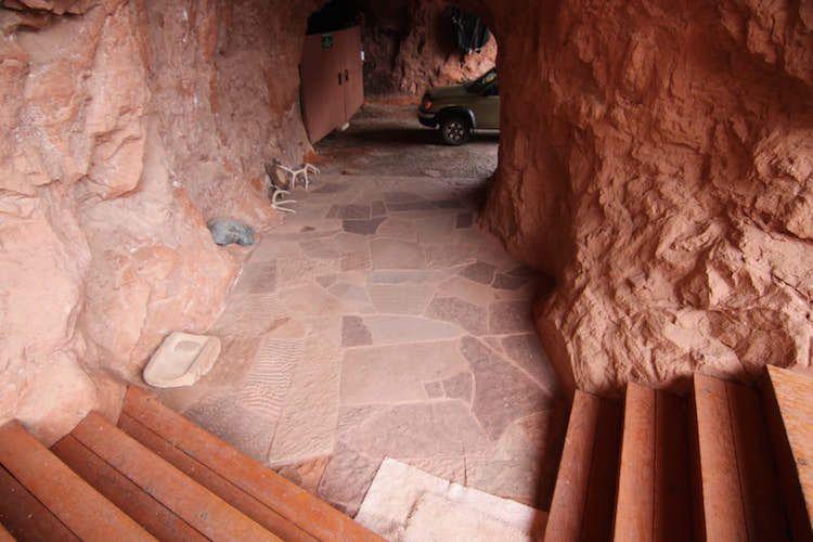 Cliff Haven une maison sous un rocher à la manière dun pueblo  2Tout2Rien