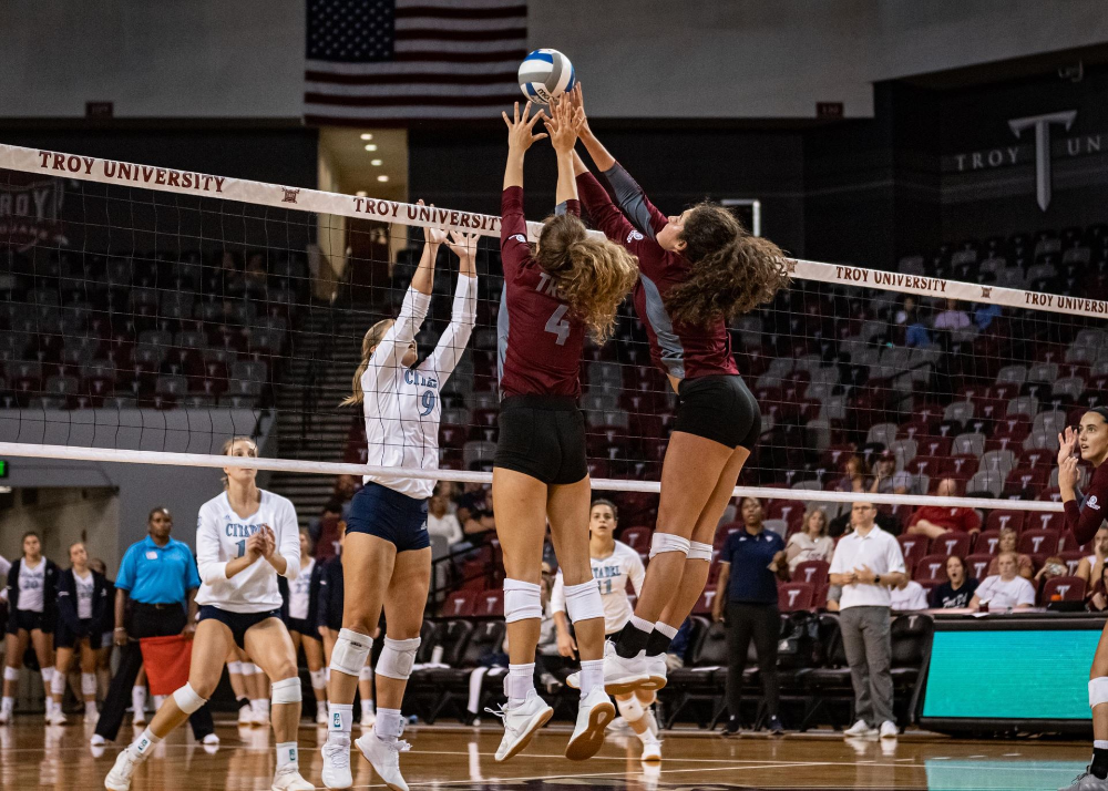 Troy Completes Perfect Weekend Makes History Troy University Athletics Troy University Volleyball National Championship Volleyball Team Pictures