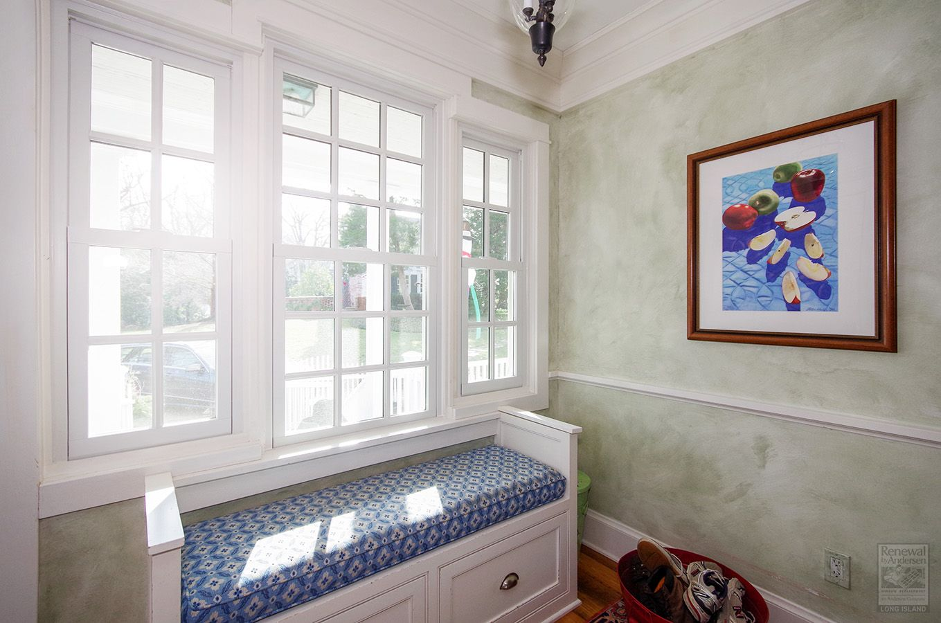 Welcoming Entryway With New Windows Renewal By Andersen In 2020 Remodeling Renovation Home Remodeling Windows And Patio Doors