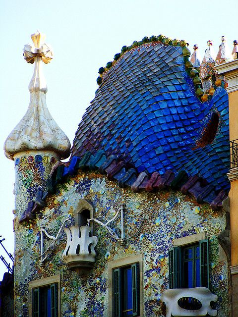 Amethys tlavender phthaloblue gaudi is just the best for Barcelona jardin gaudi