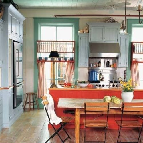 Superieur This Eclectic Kitchen With A Vintage Vibe Gets Its Color From Turquoise  Window Trim, Pale