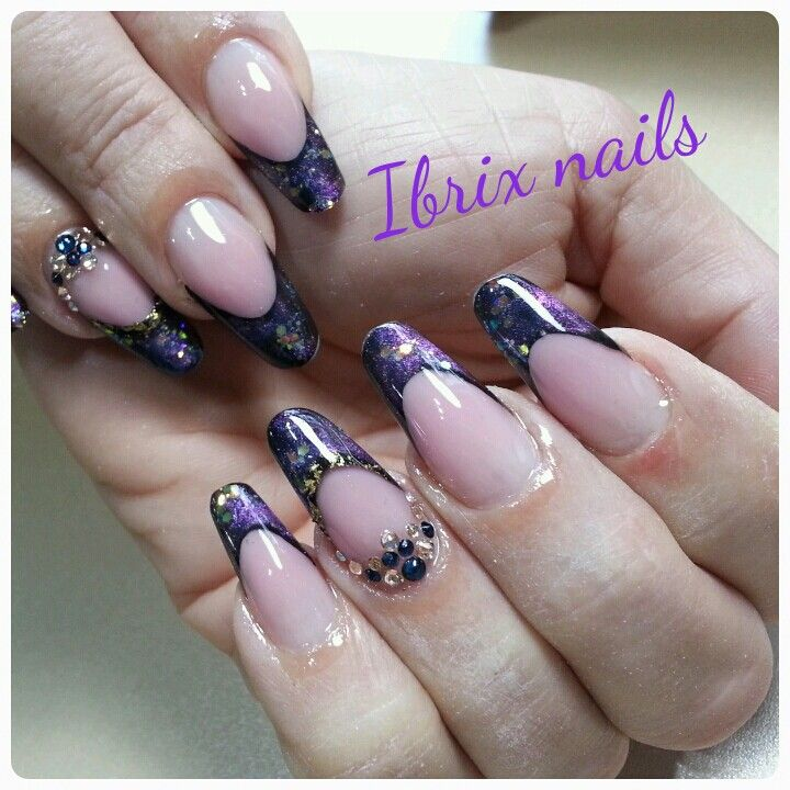 Almond nail with gel
