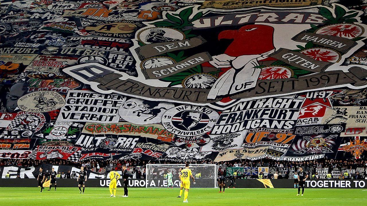 Choreo Von Eintracht Frankfurt Bild Entschlusselt Das Puzzle