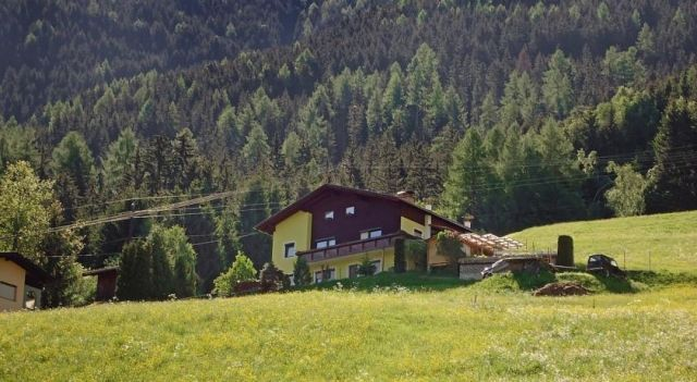Holiday home Haus Haselwanter Sellrain - #VacationHomes - $155 - #Hotels #Austria #Sellrain http://www.justigo.us/hotels/austria/sellrain/ferienhaus-haselwanter_42719.html