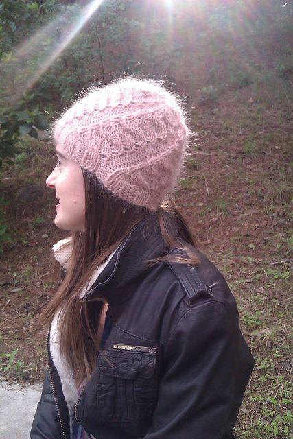 Ravelry Beaufort Hat Pattern By Angela Hahn Free Hats Headbands