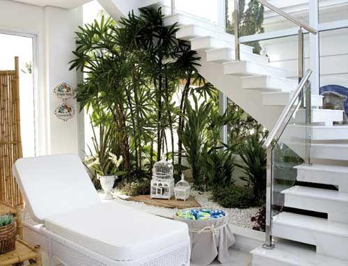 Como Fazer Jardim Embaixo da Escada (DECORA u00c7ÃO) DECORA u00c7ÃO em 2019 Jardim embaixo da escada  # Decoração De Hall Com Escada