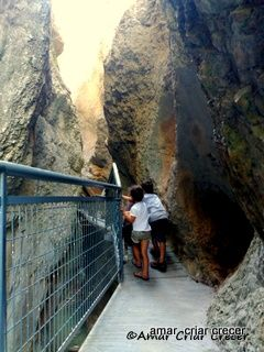 El parque natural de Yecla es una estrecha y profunda garganta en terreno…