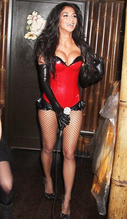 Nicole Scherzinger Thong Nicole Scherzinger Tits Nicole Scherzinger Is Busting Out Looking