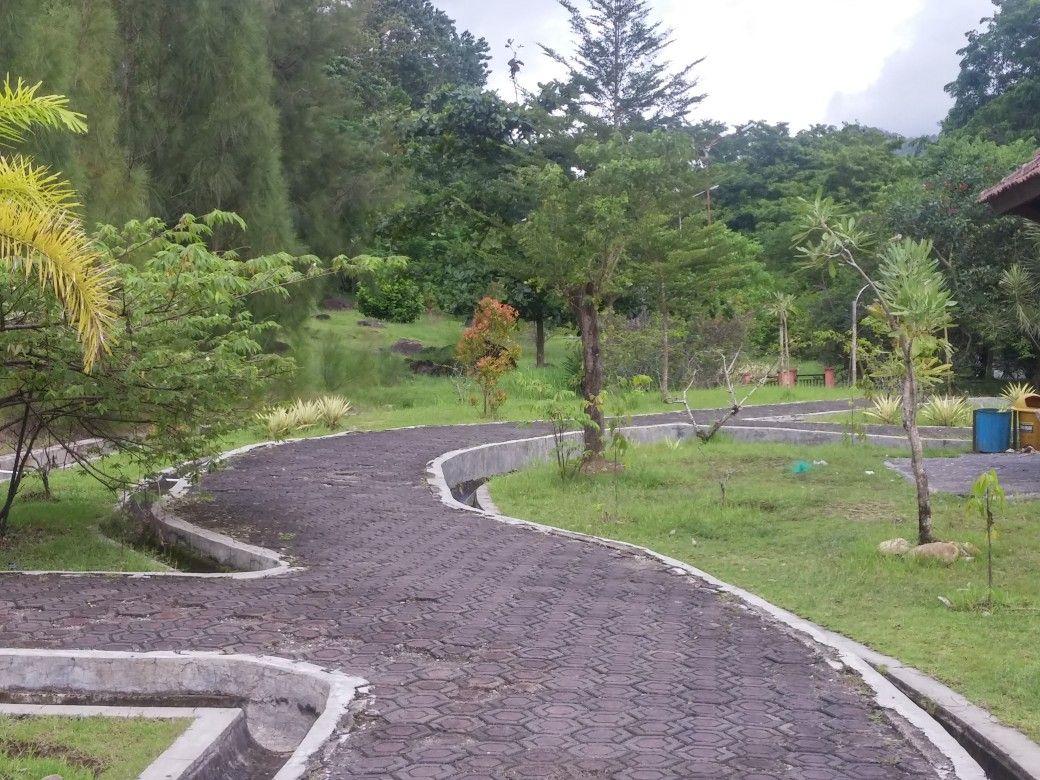 Gunung Sumping Taman Kota Palabuhanratu 2017 | Taman kota, Kota, Tempat