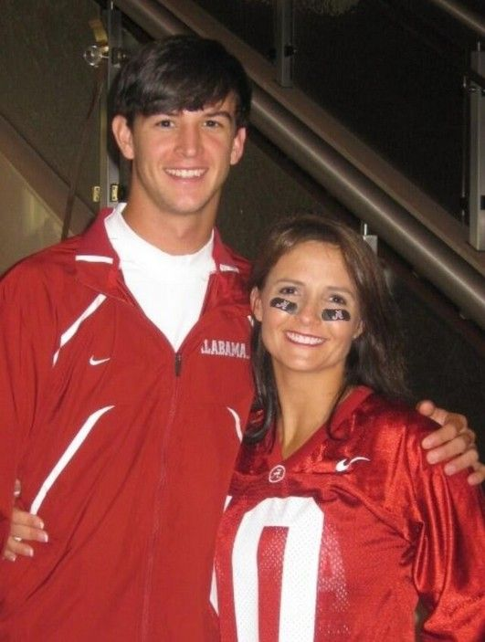 525315a3 From Dee Dee Bonner on Twitter - 1st game for AJ McCarron to dress at Bama