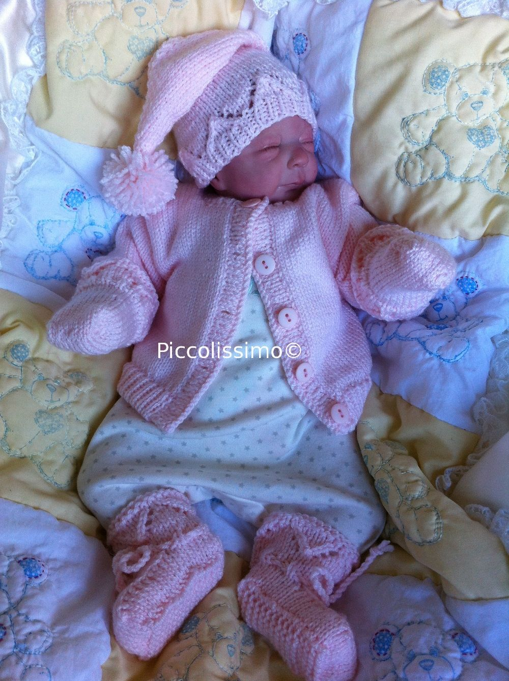 Knitting Patterns For Nicu Babies : pink knitted set 4 piece Big preemie Piccolissimo knitting for preemies P...