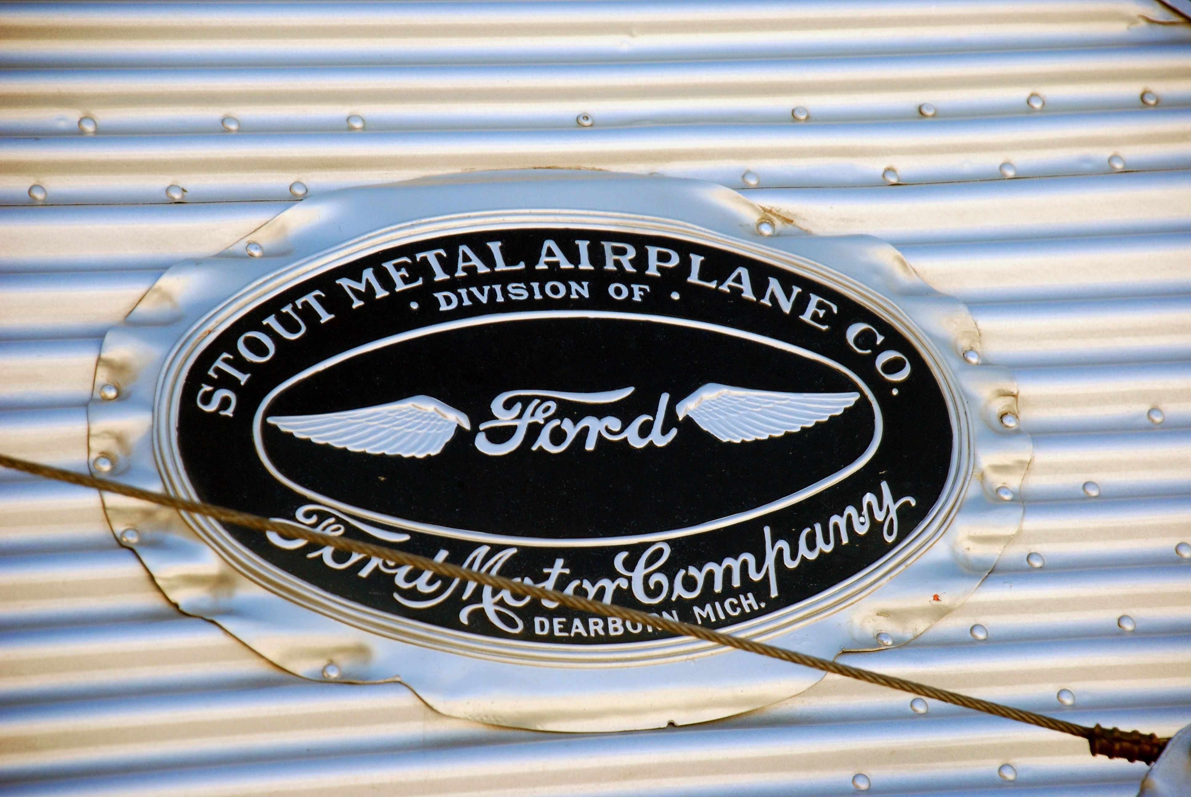 Stout metal airplane company a division of ford motor for The ford motor company