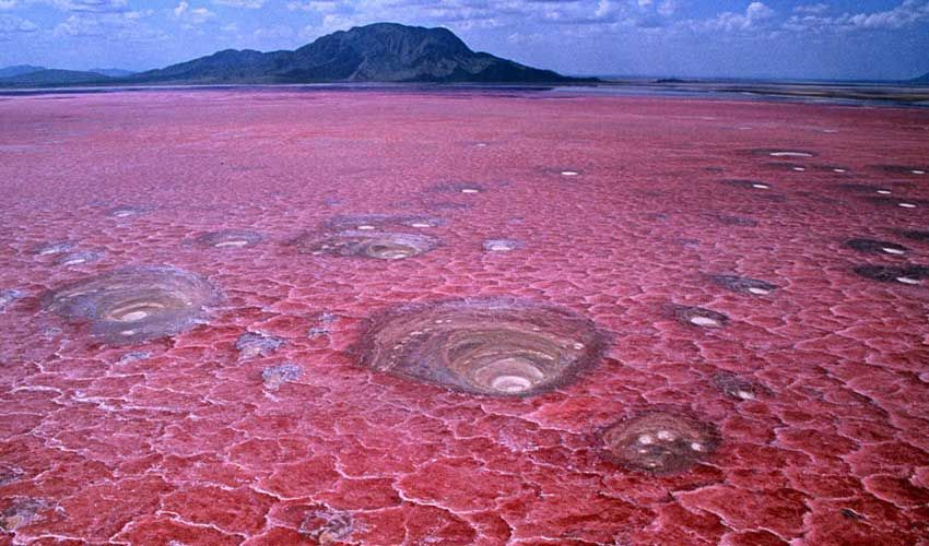Lake-Natron,-Tanzania Travel in Technicolor: These are 14 of the world's most colorful places. Guiddoo