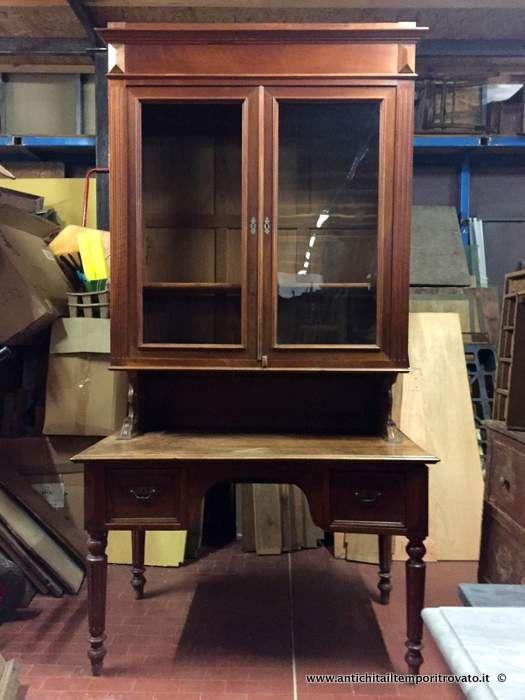 Mobili antichi scrivanie e scrittoi antica scrivania con for Mobile scrivania libreria