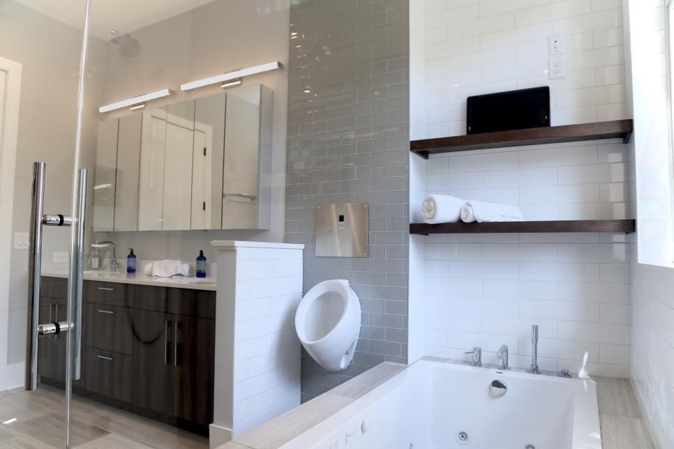 Check Out This Bachelor Pad Mix And Match Colors Urinal And Steamy Tub Top Bathroom Design Bathroom Design Amazing Bathrooms