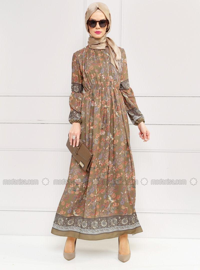 Cicekli Elbise Haki Refka Ucuz Kaliteli Ve Bir Tik Otenizde Incelemek Ya Da Satin Almak Icin Tiklayiniz Cicekli Elbise Elbise Maksi Elbiseler