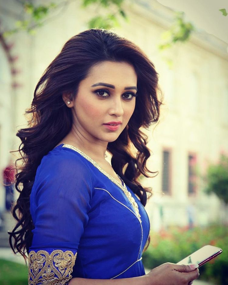 Mimi Chakraborty Hot Picture Bhojpuri Actress Bollywood Girls Hottest Photos Indian Beauty