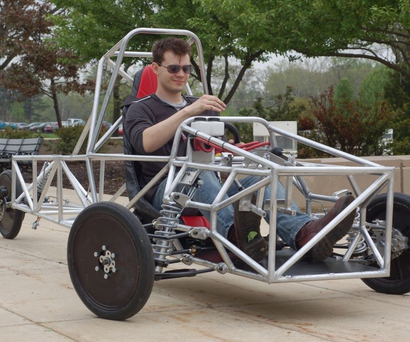 Engineering a 3 wheel vehicle chassis pinterest mechanical my university senior project was extremely ambitious over the course of a year 2011 myself and three other mechanical engineering students designed and solutioingenieria Choice Image