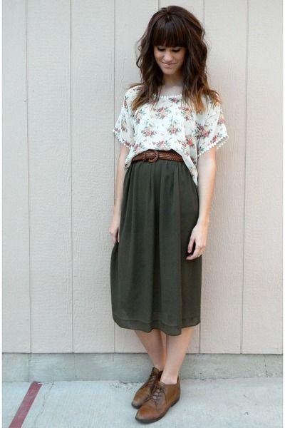 how to wear dark tea length skirt