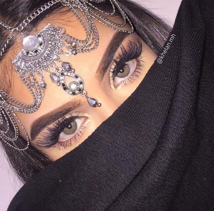Photo of Imagen en la colección de chicas árabes Debe ات عربيات por Mustafa