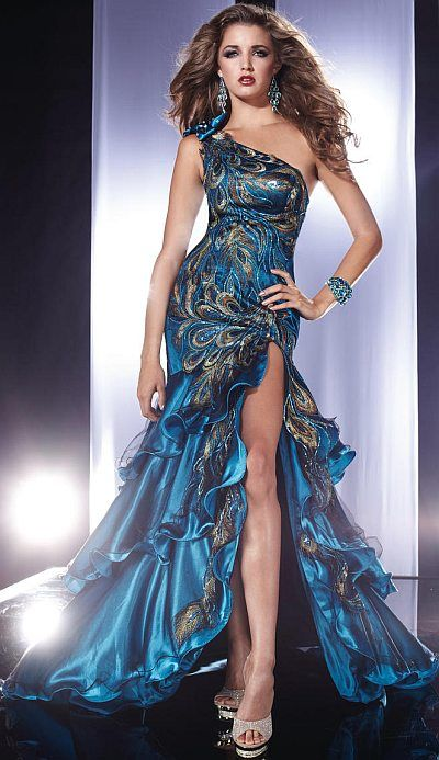 10  images about Sara&-39-s prom on Pinterest - Peacocks- Prom dresses ...
